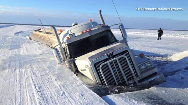 Truck breaks through ice road after weight limit increase on ice road nwt map, yellowknife nwt map, yellowknife and hay river, yellowknife alaska, yellowknife northwest territories map,